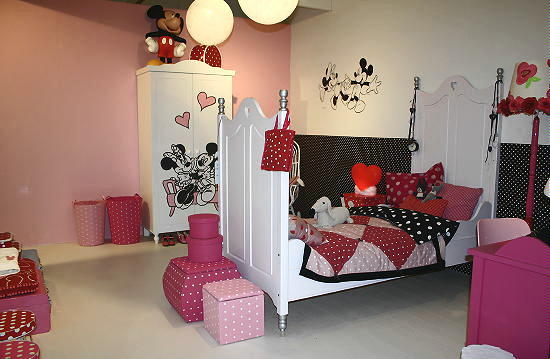 disney at home disney kinderkamer meubels decoratie met mickey minnie mouse accessoires voor