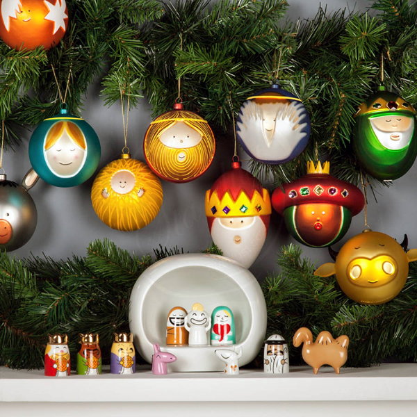 http://droomhome.nl/images/stories10/droomhome_kerst_alessi_kerstballen_kerststal_christmas_baubles_kerstboom.jpg