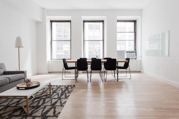 Een moderne woonkamer met pvc vloeren droomhome interieur