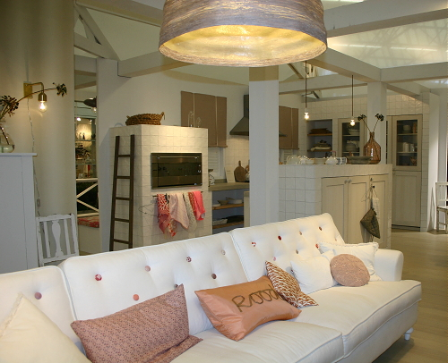 Ariadne wit rood huis droomhome interieur woonsite