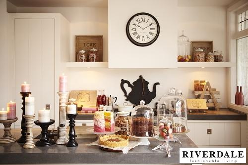 Riverdale Keuken Servies : Combineer voor een huiselijk gevoel de verschillende formaten kussens
