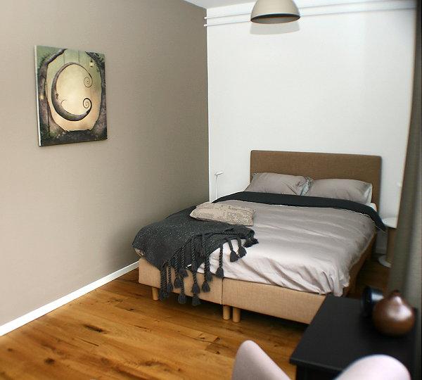 Droomhome interieur woonsite - Foto van slaapkamer schilderij ...