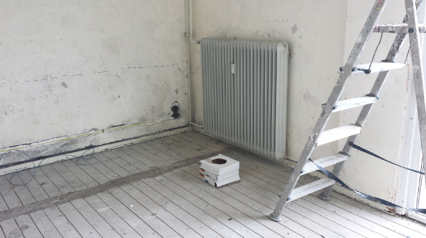 http://droomhome.nl/images/stories7/droomhome_radiatorbekleding_sentimo_slaapkamer_voor_foto.jpg