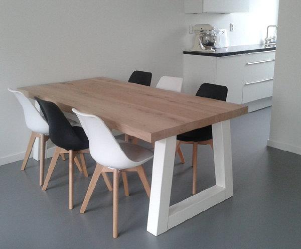 Mooiste Houten Eettafels - Van Industriële Tafels, Boomstam tafels ...