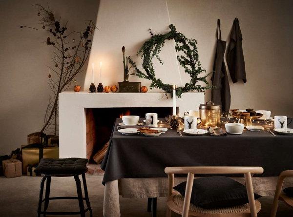 http://droomhome.nl/images/stories8/droomhome_kerst_2016_hm_home_kerstdecoratie_kerstcadeaus_servies_kussens_kerstballen.jpg