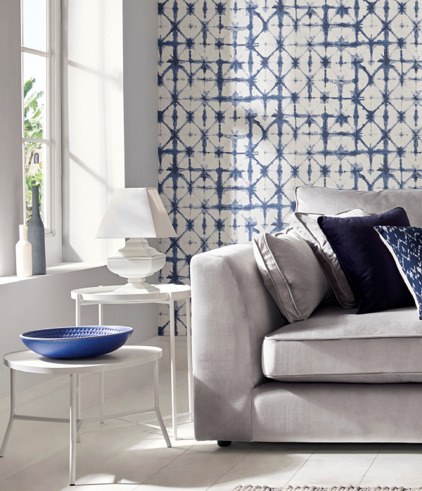 Behang Trends: Japanse Shibori Techniek Behang van Graham & Brown – MEER Behang Inspiratie… (Foto Graham & Brown Wallpaper  op DroomHome.nl)
