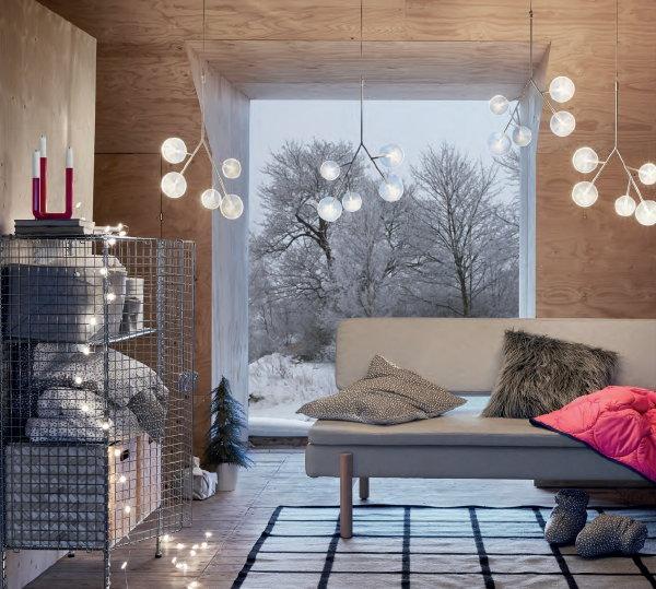 http://droomhome.nl/images/stories9/droomhome_kerst_2017_ikea_strala_led_kroonluchter_vinter_kussen_vassad_kleed.jpg